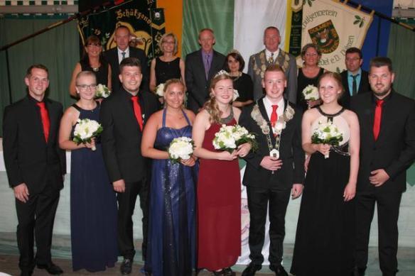 Kohvedeler-Schuetzen-werden-von-den-Elsbeckers-regiert-Koenigliche-Familie_image_630_420f_wn
