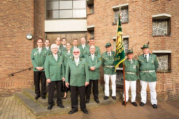 Der Vorstand nach der Messe des Schützenfestes 2016. Leider fehlen Holger Allenstein und Markus Reiker auf dem Foto