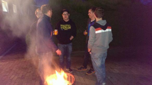 Feuertonnengespräche