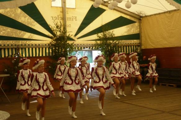 Brachten die 5. Jahreszeit ins Festzelt. Die Figaros der Karnevalsgesellschaft Nottuln.