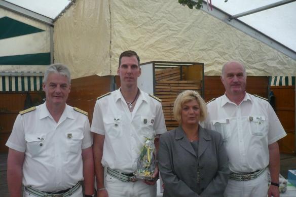 Besondere Verdienste für den Verein: Jogi Gerversmann, Hermi Fauler und Martin Wewerink