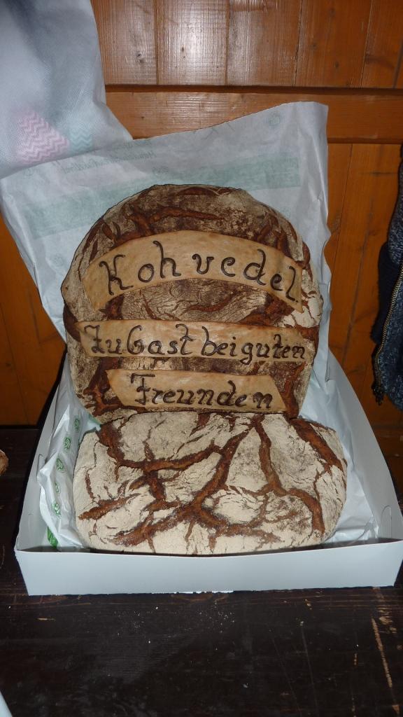 Dank an Jungschützenkönig Bastian Wübbeling für dieses Brot.